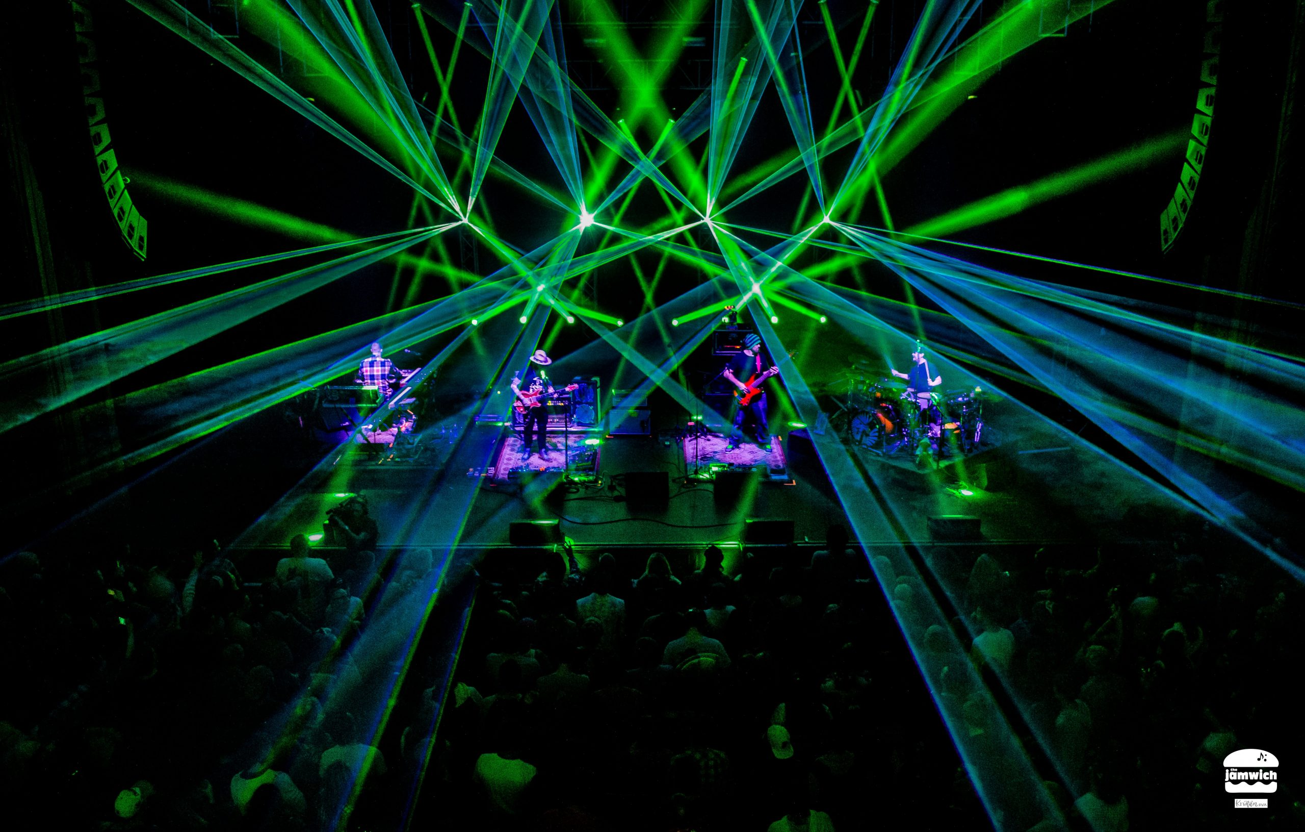 Show Review: Twiddle's Frendsgiving Packs the Cap for a Raging Holiday Weekend