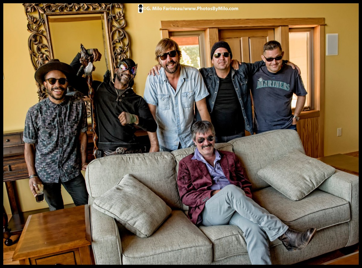 What is Larry Keel Explosion? Interview with Larry Keel at Devils Backbone Hoopla