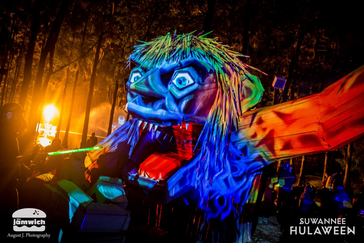 Festival Review: Hulaween 2018 Saturday & Sunday, Surreality To The Forefront