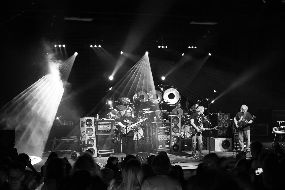 Dark Star Orchestra Recreates Classic Dead Show In Pompano Beach